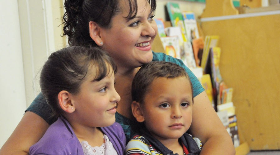 Mom with 2 kids: Salinas Public Library